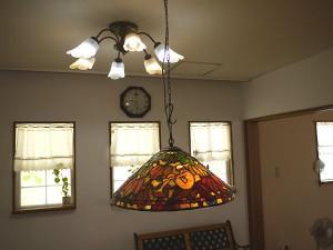 ほとんどの照明器具で、電球型と蛍光管型のLEDを使用しています